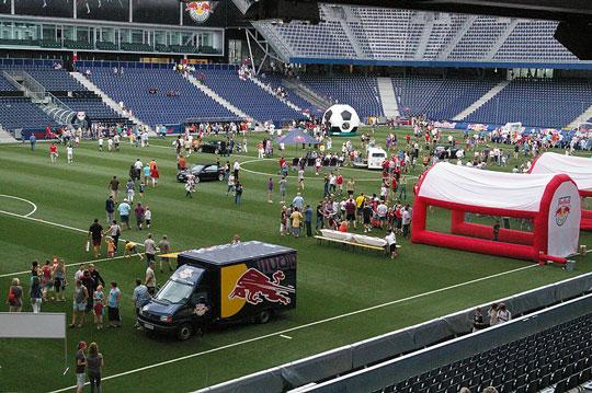 Red Bull: Instrumentalisierung des Fußballs als Werbeinstrument